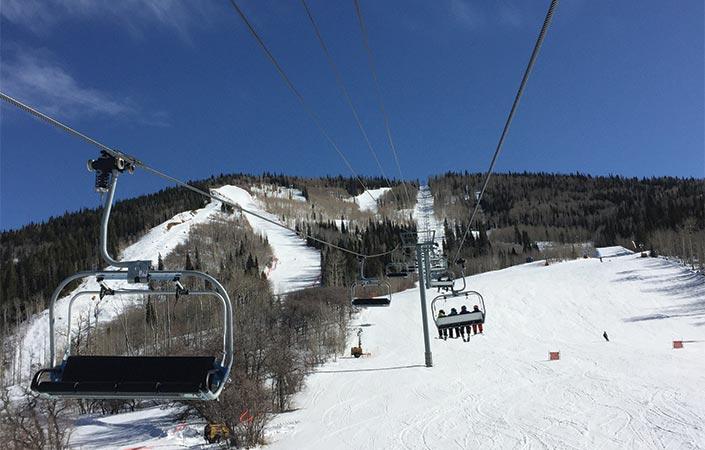 Powderhorn Mountain Resort ski lift and mountain
