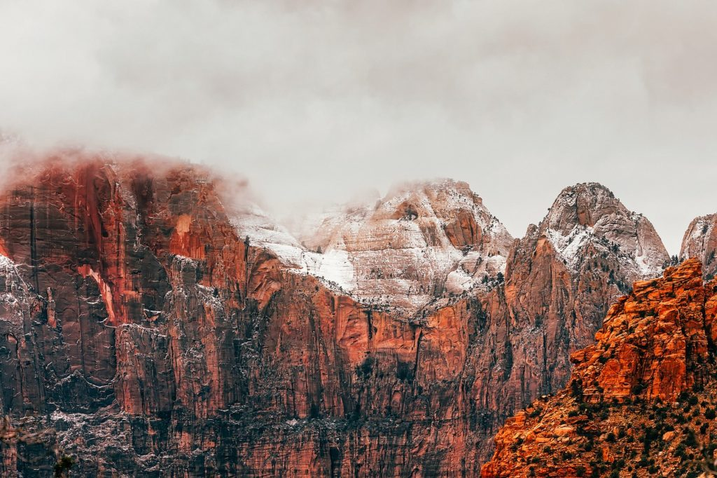zion national park winter hikes in utah