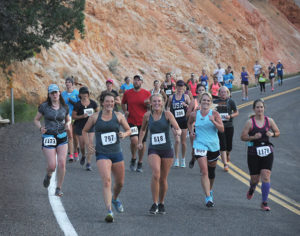 Runners at the Bryce Canyon Half