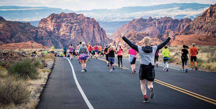 Snow Canyon Half Marathon runners