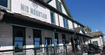 Exterior photo of Mid Mountain Lodge