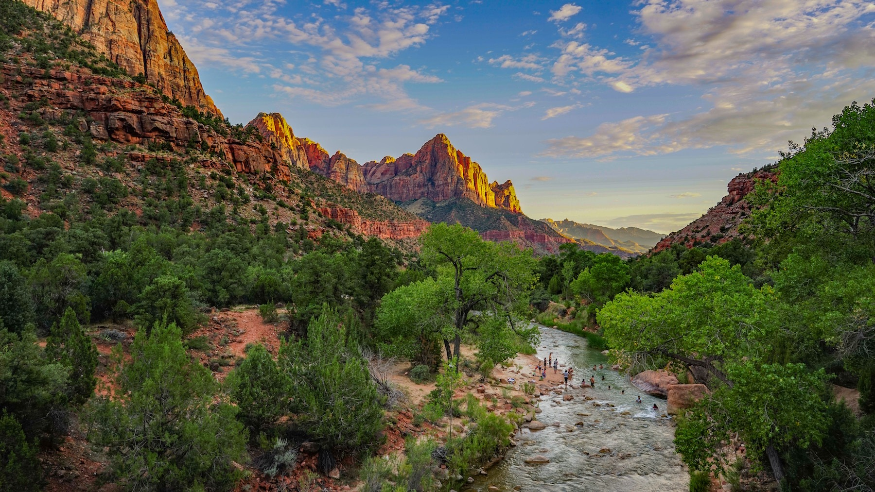 zion national park utah spring hikes