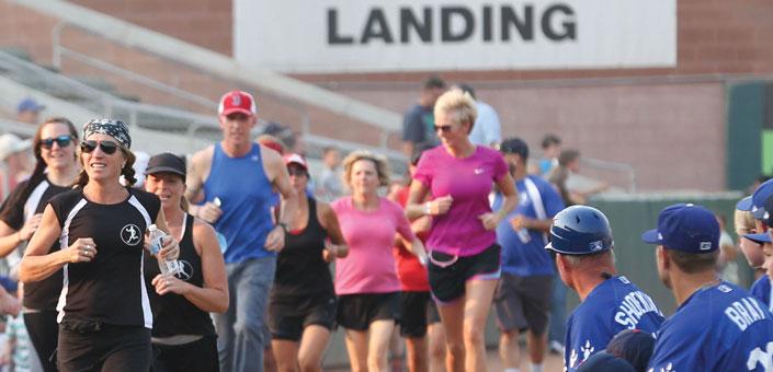 Utah Pub Runners at a Raptors Game